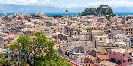 Utsikt över Korfu stad, Grekland.