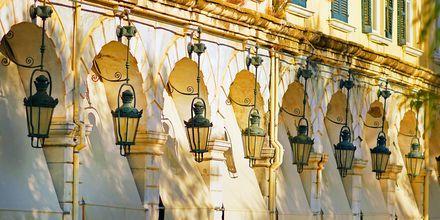 Det populära området Liston i Korfu stad.