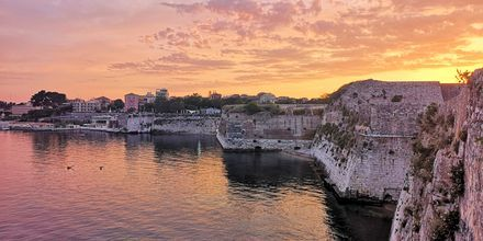 Hamnen i Korfu stad, Grekland.