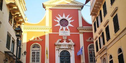Kyrkan Panagia Spiliotissa i Korfu stad, Grekland.