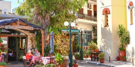 Upptäck mysiga Gouves by, Kreta.