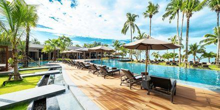 Poolområde på La Flora Khao Lak i Khao Lak, Thailand.