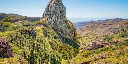 Landmärket Roque de Agando ligger i Benchijigua, nära Nationalparken Garajonay, La Gomera.