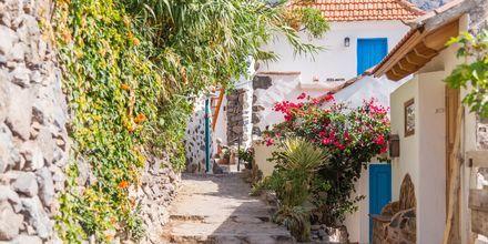 Den lilla byn El Guro i Valle Gran Rey på La Gomera, Kanarieöarna.