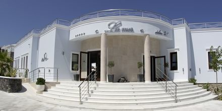 Entré på hotell La Mer på Santorini, Grekland.