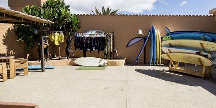 Surfcentret på hotell La Pared – powered by Playitas, Fuerteventura.
