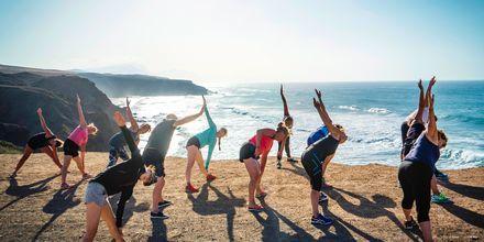 Yoga på La Pared – powered by Playitas, Fuerteventura.