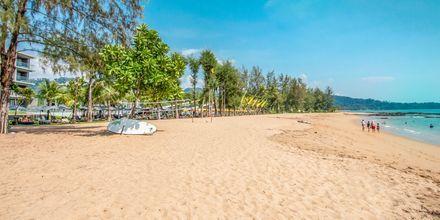 Stranden vid hotell La Vela Khao Lak, Thailand.