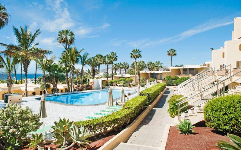 Poolområdet vid hotell LABRANDA El Dorado i Puerto del Carmen, Lanzarote.