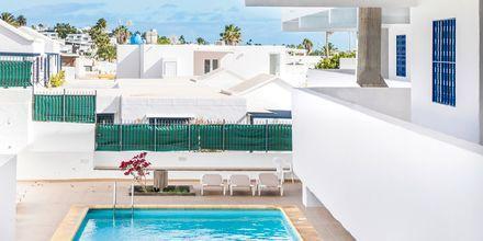 Poolen på hotell LABRANDA Los Cocoteros i Puerto del Carmen, Lanzarote.