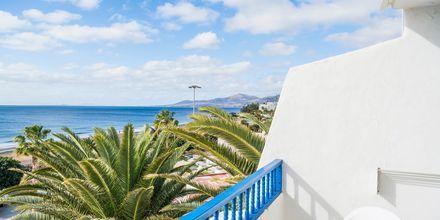 Tvårumslägenhet med havsutsikt på hotell LABRANDA Los Cocoteros i Puerto del Carmen, Lanzarote.
