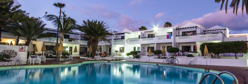 Poolområde på hotell Playa Club i Puerto del Carmen, Lanzarote.