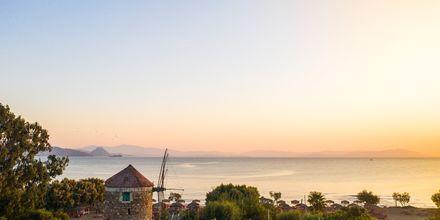 Vacker solnedgång i Lambi på Kos, Grekland.
