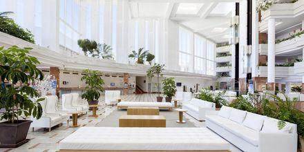Lobbyn på hotell Landmar Playa la Arena på Teneriffa.