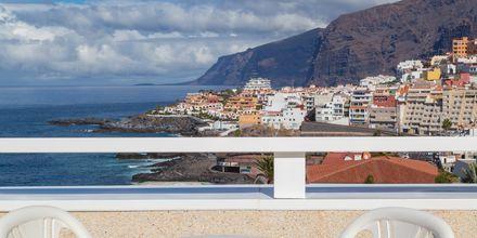 Dubbelrum med havsutsikt på hotell Landmar Playa de la Arena på Teneriffa, Kanarieöarna.