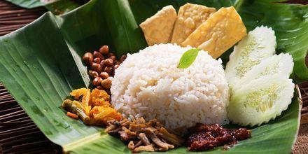 Nasi lemak, en av nationalrätterna i Malaysia.