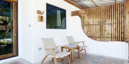 Deluxerum i bungalow på hotell Lanta Casa Blanca på Koh Lanta i Thailand.