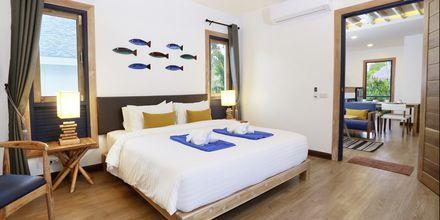 Pool bungalow på hotell Lanta Casa Blanca på Koh Lanta i Thailand.