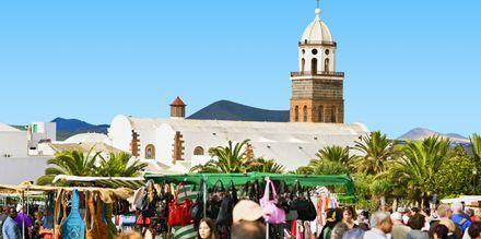 Marknaden i Teguise är ett populärt utflyktsmål för den som vill fynda lite under resan på Lanzarote.