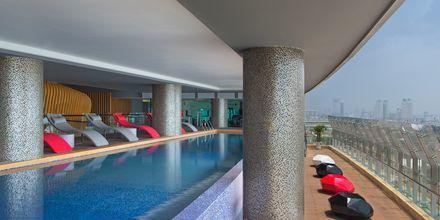Pool på hotell Le Meridien Saigon i Vietnam.