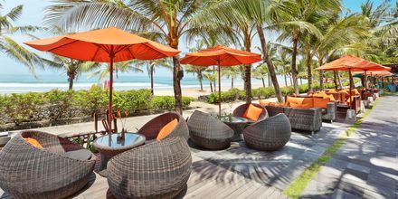 Restaurang Ole Beach Bar på hotell Legian Beach i Kuta på Bali.