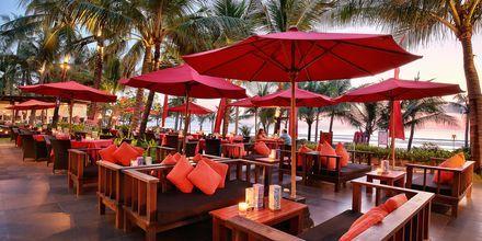 Restaurang Ocean Terrace på hotell Legian Beach i Kuta på Bali.