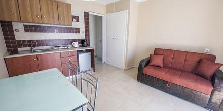 Tvårumslägenhet på hotell Lenox på Samos i Grekland.
