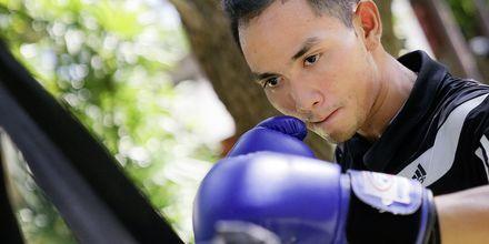 Prova på thaiboxning på Let's Sea Hua Hin Al Fresco Resort i Thailand.