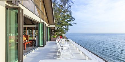 Strandrestaurangen på Let's Sea Hua Hin Al Fresco Resort i Thailand.