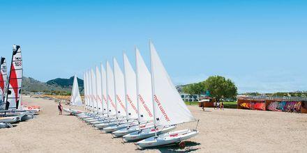 Segling på Levante Beach Resort på Rhodos, Grekland.