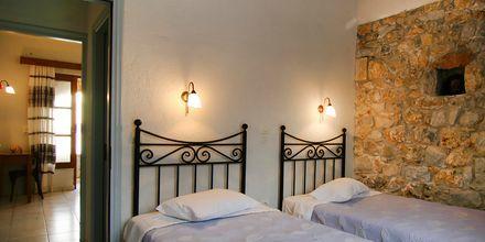 Tvårumslägenhet på hotell Liakoto i Kardamili, Grekland.
