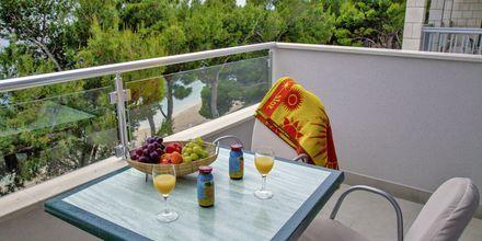 Tvårumslägenhet på hotell Libertas i Makarska, Kroatien.