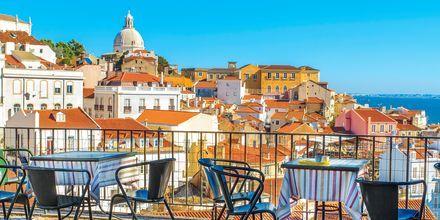 I Lissabon finns det många takbarer och terrasser, varav fler bjuder på en fantastisk utsikt.