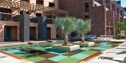 Deluxerum med poolaccess på Lopesan Baobab Resort i Meloneras, Gran Canaria.