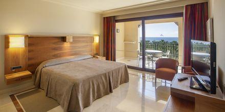 Svit på Lopesan Costa Meloneras Resort Spa & Casino, Gran Canaria.