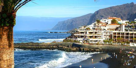 Los Gigantes & Playa de la Arena på Teneriffa, Kanarieöarna.