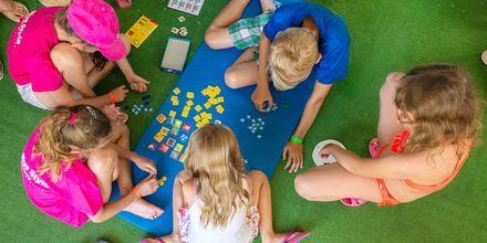 Barnklubb på hotell Lutania Beach i Kolymbia på Rhodos, Grekland.