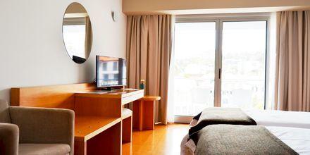 Dubbelrum på hotell Madeira Bright Star i Funchal på Madeira, Portugal.