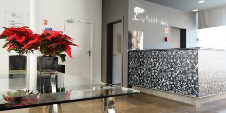 Lobby på hotell Madeira Bright Star i Funchal på Madeira, Portugal.