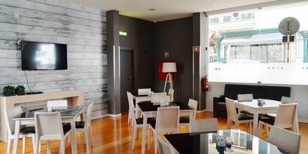 Bar på hotell Madeira Bright Star i Funchal på Madeira, Portugal.