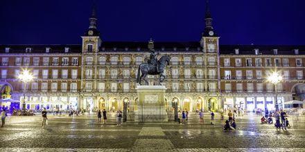 En av Madrids mest kända platser är torget Plaza Mayor.