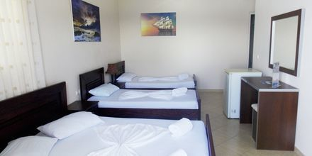 Familjerum på hotell Maestral i Saranda, Albanien