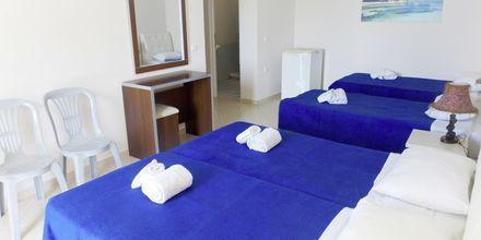 Familjerum på hotell Maestral i Saranda, Albanien.