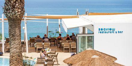 Seaview Restaurant & Bar på hotell Malama Beach Holiday Village i Fig Tree Bay på Cypern.