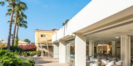 Restaurang på hotell Malama Beach Holiday Village i Fig Tree Bay på Cypern.