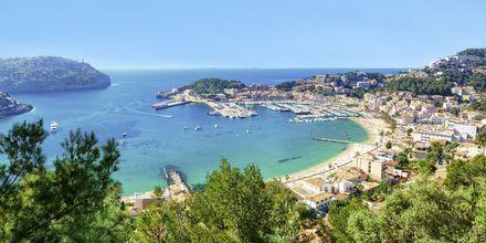 Mysiga Puerto de Sóller ger en känsla av italiensk eller fransk Riviera.