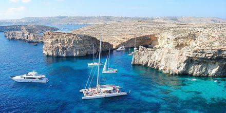 Vackra Malta erbjuder häftig natur, knallblått hav och historia.