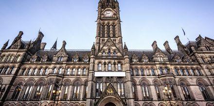 Stadshuset i Manchester är en ståtlig byggnad.