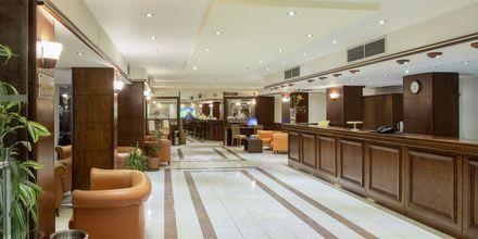 Reception på hotell Manousos i Rhodos stad, Grekland.