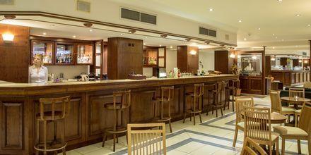 Bar på hotell Manousos i Rhodos stad, Grekland.